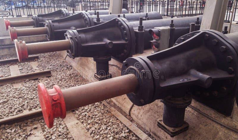 A segurança para na estação na extremidade da trilha railway fotos de stock royalty free