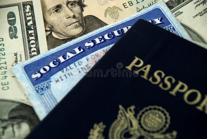 Segurança social e passaporte imagem de stock