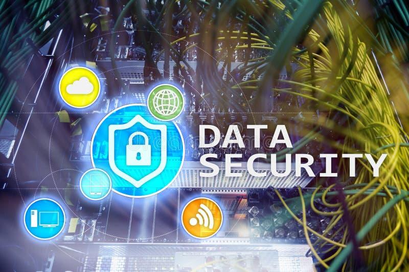 Seguridad de datos, prevención de la delincuencia cibernética, protección de información de Digitaces Cierre los iconos y el fond fotos de archivo libres de regalías