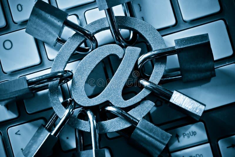 Seguridad de la encripción del correo electrónico imagen de archivo libre de regalías