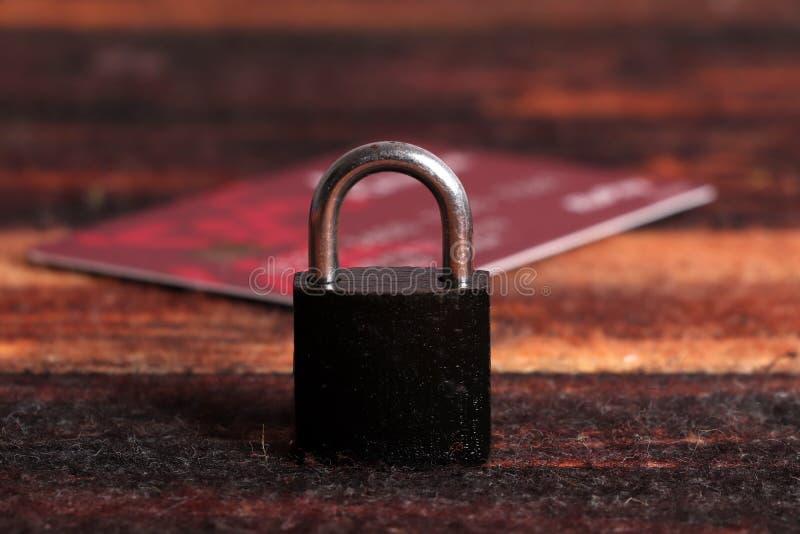 Seguridad de la tarjeta de cr?dito imagen de archivo libre de regalías