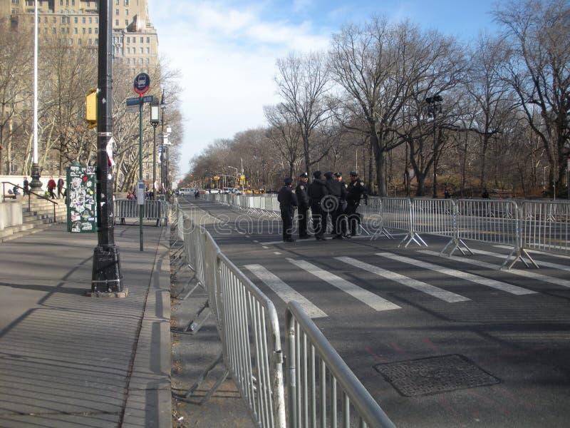 Seguridad de NYC, oficiales de policía en la calle, Central Park del oeste, NYC, NY, los E.E.U.U. foto de archivo