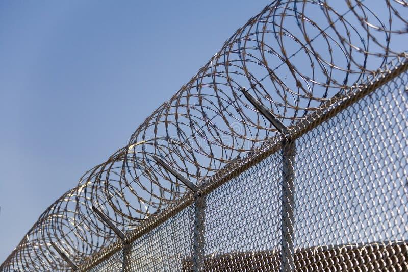 Seguridad Fence_02 del alambre de la maquinilla de afeitar imagenes de archivo