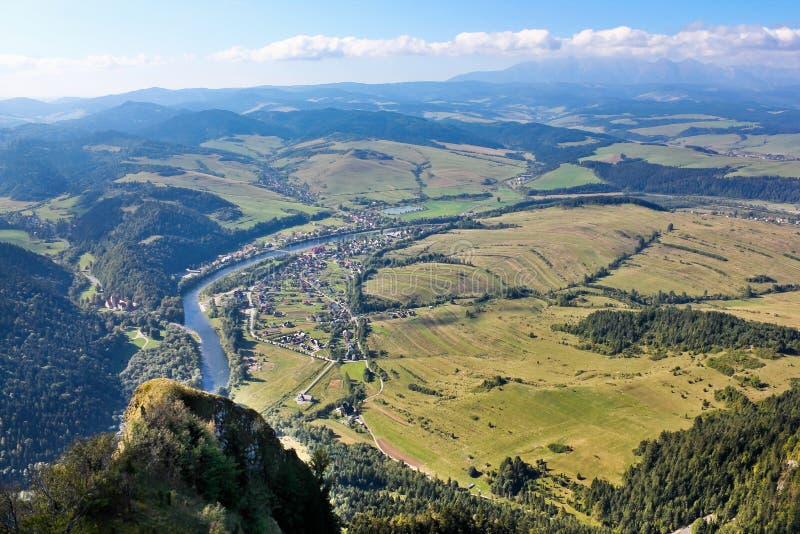 Sehen Sie von der Spitze des Berges mit drei Kronen an lizenzfreies stockbild