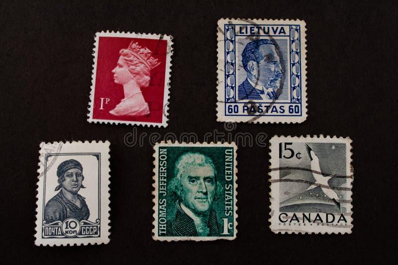 Sehr alte Briefmarken stockfotografie