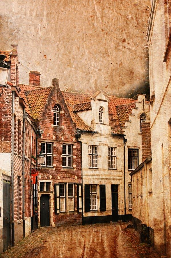 Sehr alte kleine Straßen von Brügge - Weinleseart lizenzfreie stockfotos