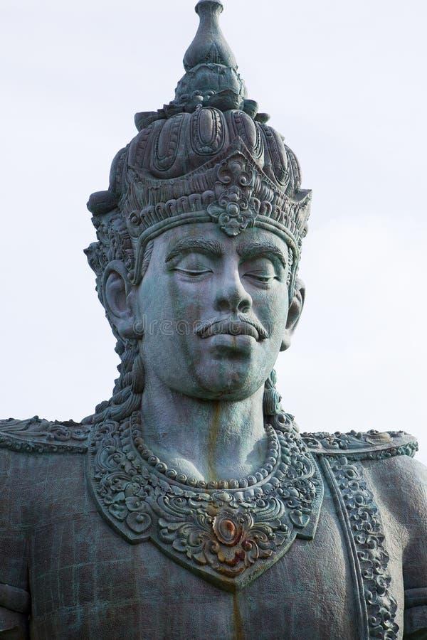Sehr große Skulptur in Bali lizenzfreie stockfotos