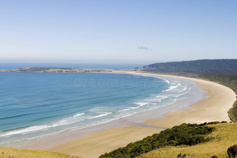 Sehr großer Strand auf neuer Zealands Südküste stockbild