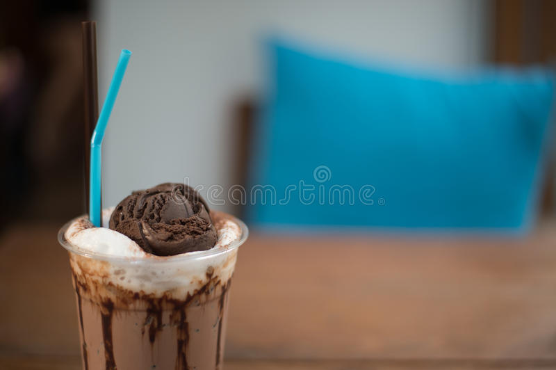 Sehr köstliches Eisschokoladen-Getränkrezept lizenzfreies stockbild
