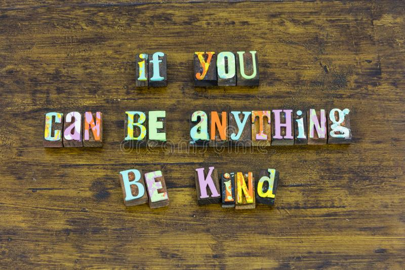 Seien Sie nette nette ehrliche Vertrauensmutnächstenliebe, freiwilligen anderen zu helfen stockbilder