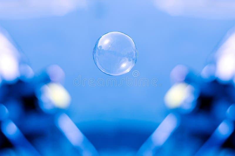 Seifenluftblase lizenzfreie stockbilder