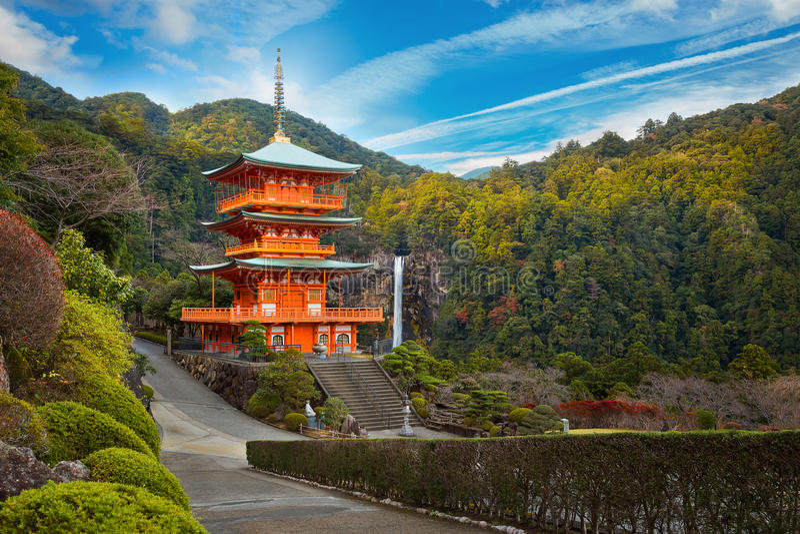 Seiganto籍寺庙塔在Nachi Katsuura的 免版税库存照片