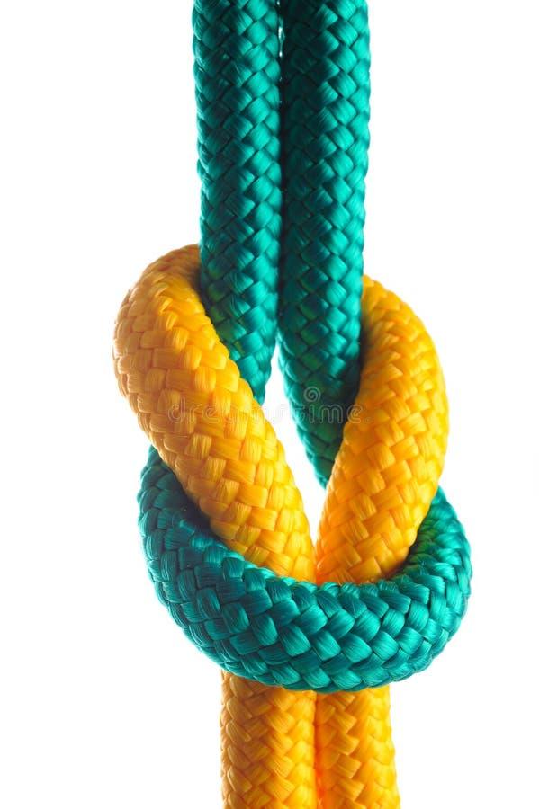 Seil mit Marineknoten stockfoto