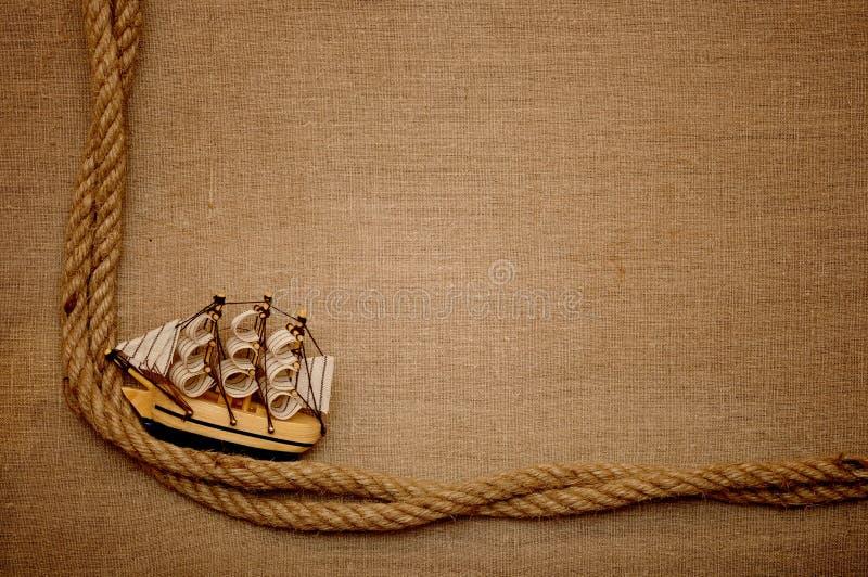 Seil- und Baumusterklassikerboot lizenzfreies stockfoto