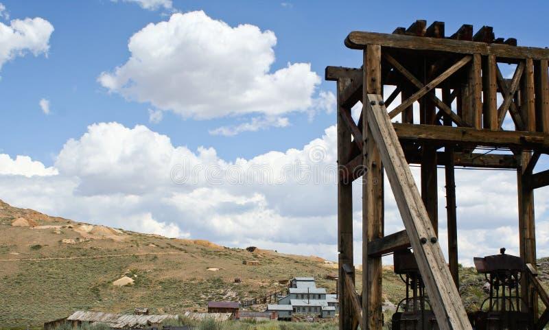 Seilzugkontrollturm Bodie-, Kalifornien Ghosttown stockbilder