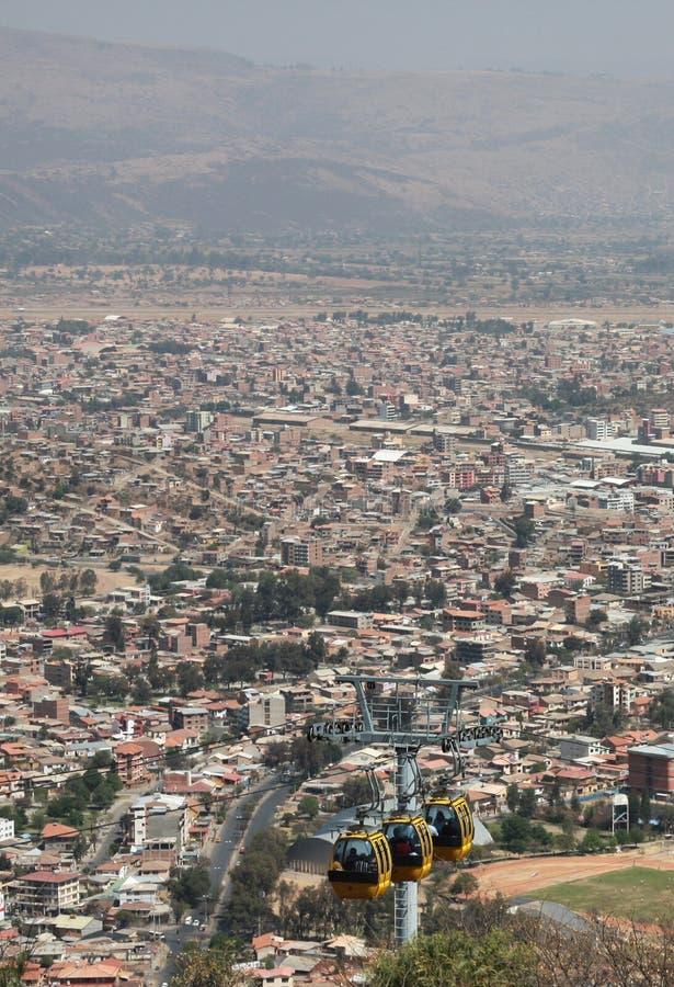 Seilzugmethode über Cochabamba in Bolivien stockfotos