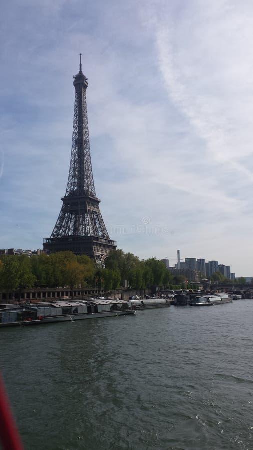 Seine do la da calha de Eiffel da excursão imagem de stock