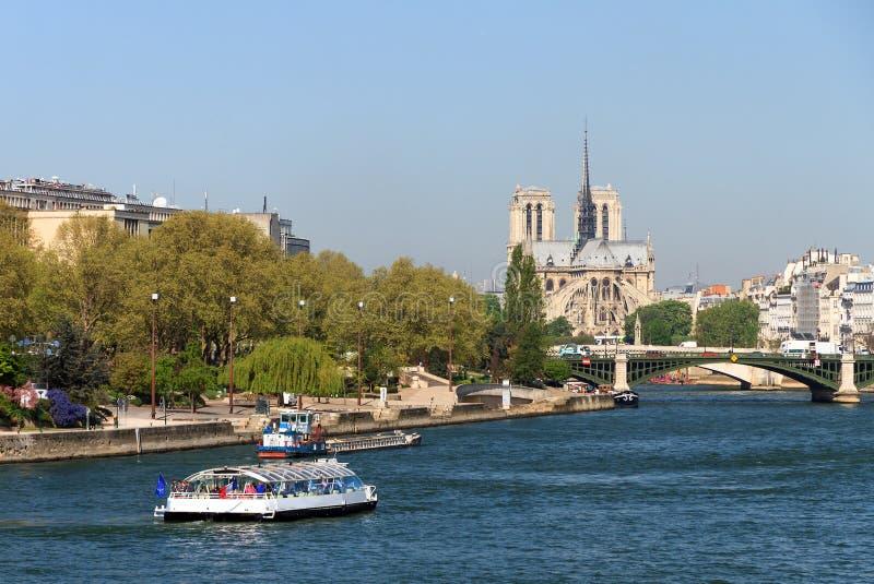 Seine Notre Dame arkivbild