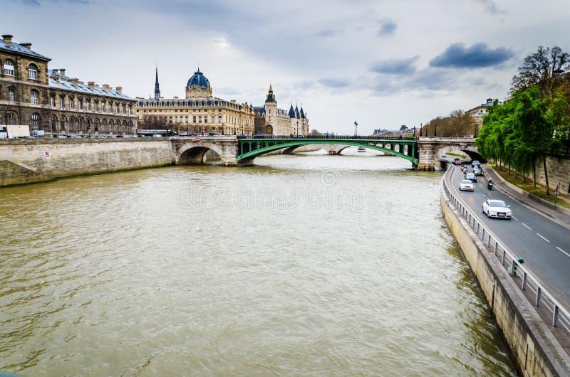 Seine Paris arkivfoto