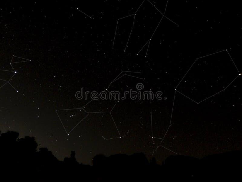 Seis constelaciones de la estrella en el cielo nocturno imagen de archivo libre de regalías