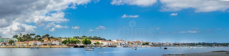 Seixal - baie du sud de Lisbonne, Portugal photo stock