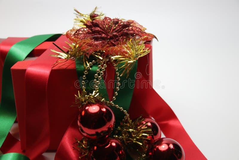 Seizoengroet, Vrolijke Kerstmis en Gelukkig Nieuwjaar stock afbeelding