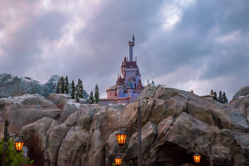 Seja nosso castelo do restaurante do convidado no reino mágico em Walt Disney World fotografia de stock royalty free