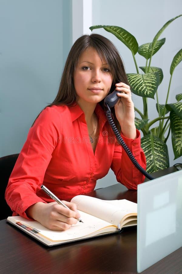 Sekretär In The Office stockfotografie