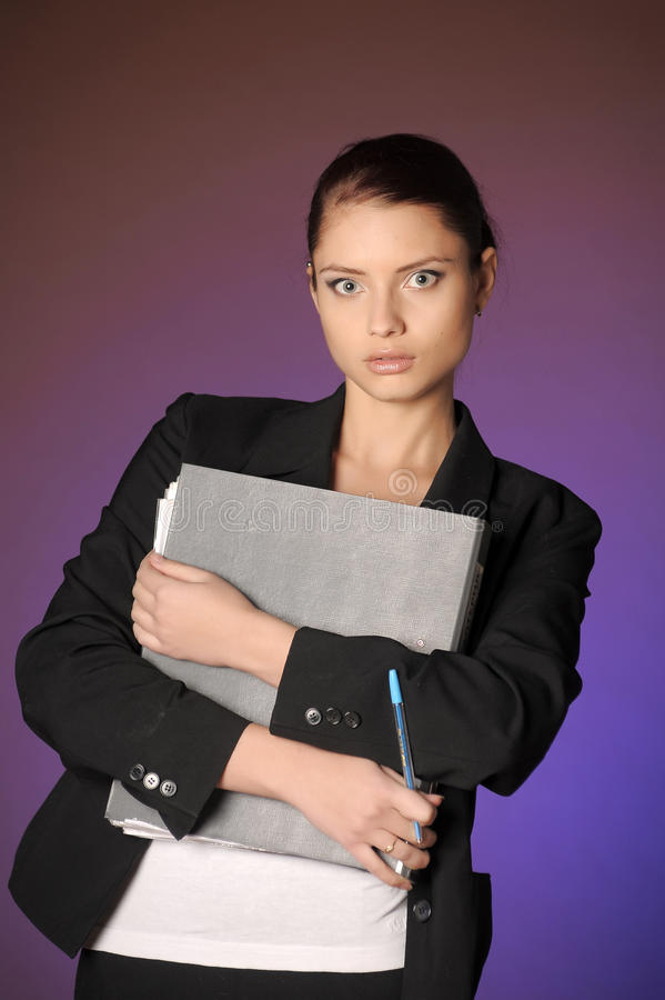 Sekretarka lub bizneswoman w kostiumu z notatnikiem obraz stock