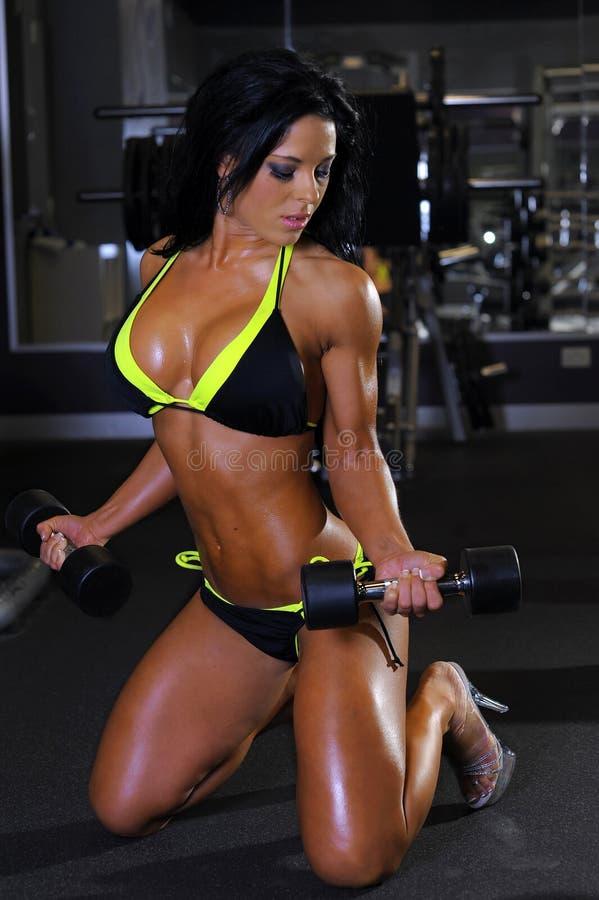 seksowna dziewczyna fizyczny fitness zdjęcie royalty free