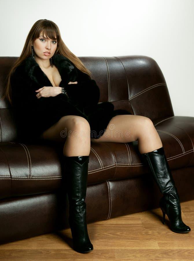 seksowna futerkowa żakiet dziewczyna zdjęcie royalty free