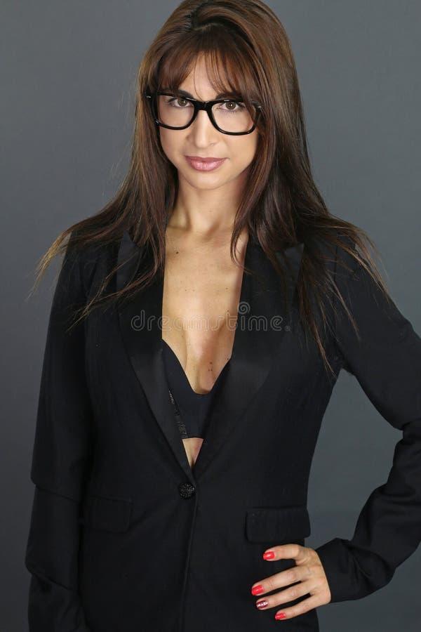 Seksowna sekretarka jest ubranym szkła obrazy royalty free