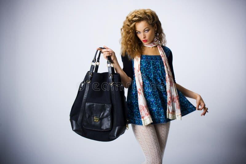 seksowna torby dziewczyna zdjęcie royalty free