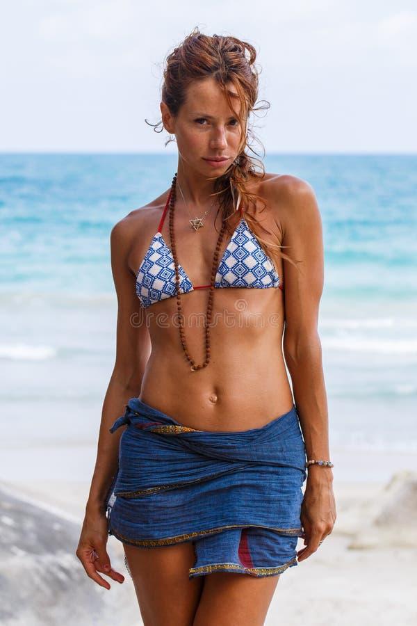 seksowne kobiety plażowa zdjęcia royalty free