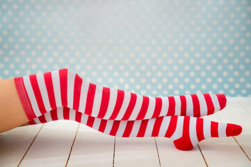 Seksowne Santa kobiety nogi fotografia royalty free
