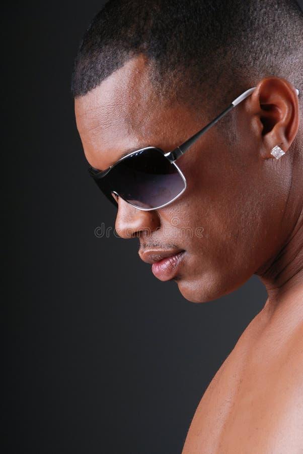 seksowny Amerykanin afrykańskiego pochodzenia mężczyzna obrazy stock