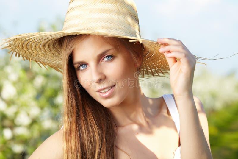 Download Seksowny dziewczyny lato obraz stock. Obraz złożonej z greenbacks - 24655815