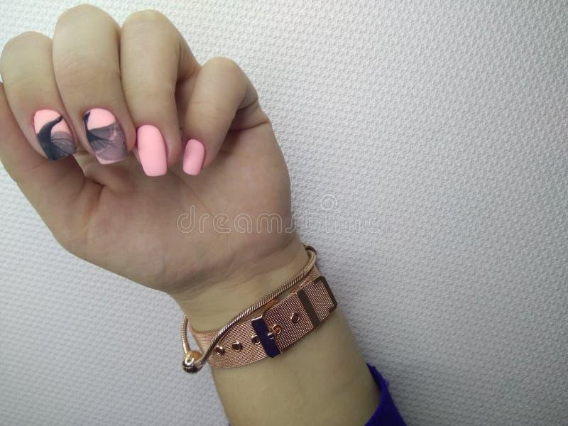 seksowny menchia manicure zdjęcie royalty free