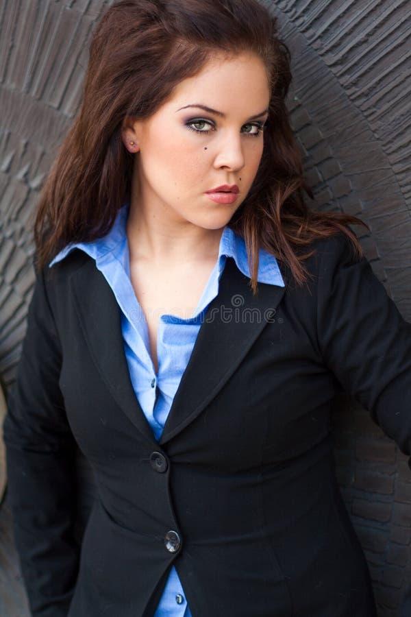 Seksowny piękny Brunete biznesowej kobiety dziewczyny damy dorosłej kobiety wea obrazy stock