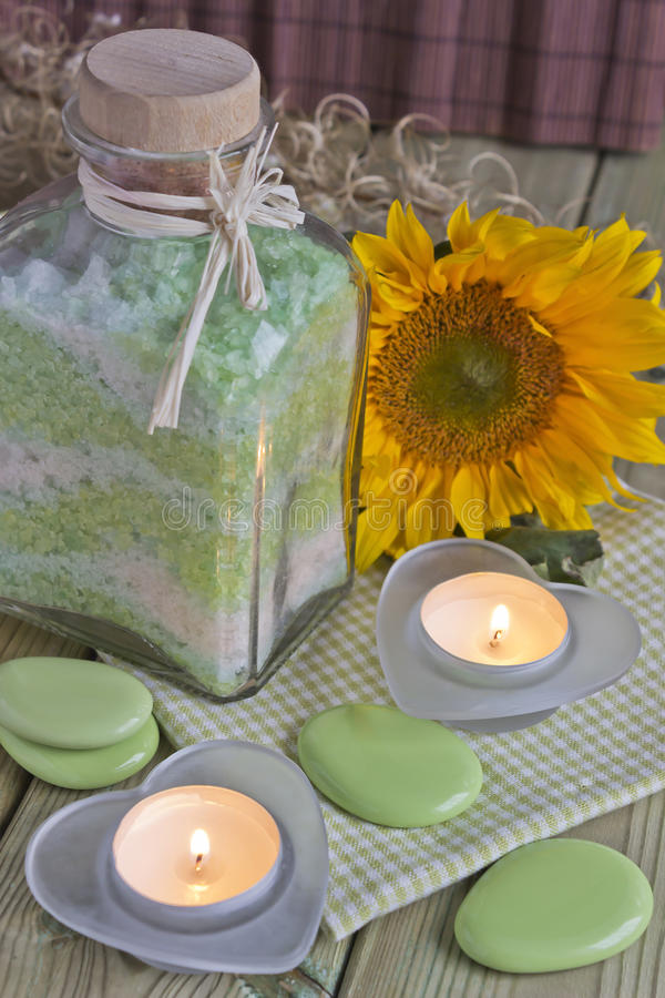Sel de bain aromatique photographie stock libre de droits
