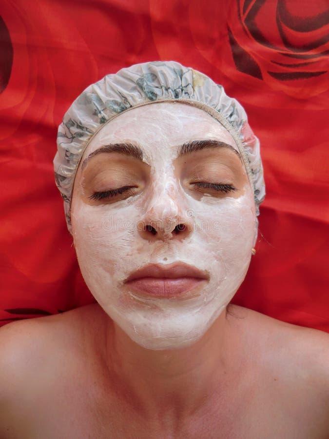 Selbst gemachte Gesichtsbehandlung maskiert Schönheit, Badekur, machen stockfoto