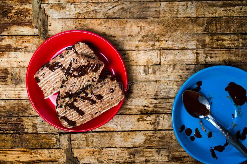 Selbst gemachte Schokoladenkuchenscheibe lizenzfreies stockfoto