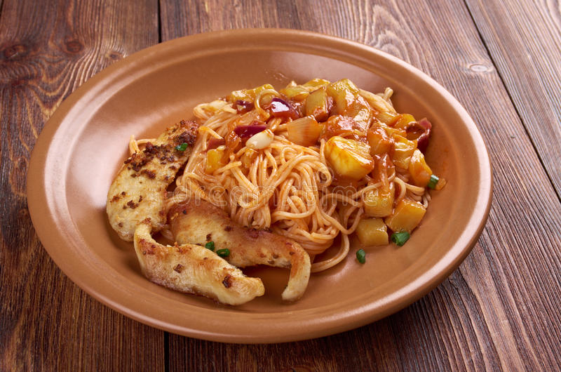 selbst gemachte Spaghettis, stockfotografie