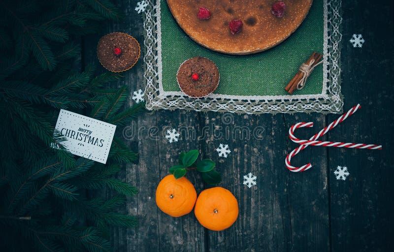 Selbst gemachte Weihnachtstorte lizenzfreie stockbilder