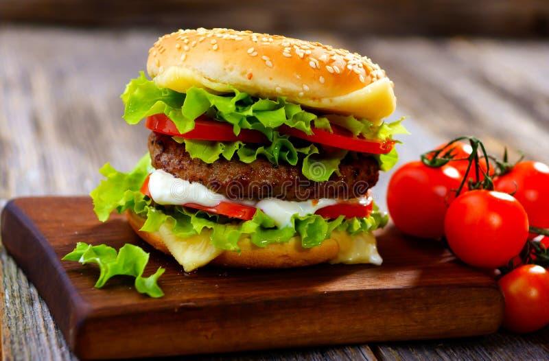 Burger lizenzfreie stockbilder