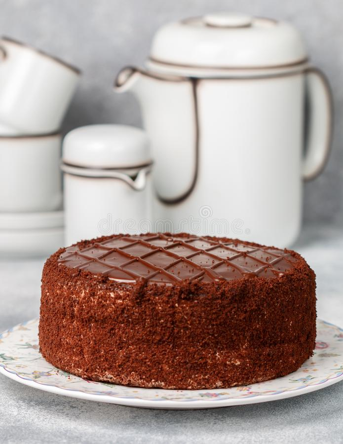 Selbst gemachter köstlicher Schokoladenkuchen Nachtisch für Feinschmecker stockbilder