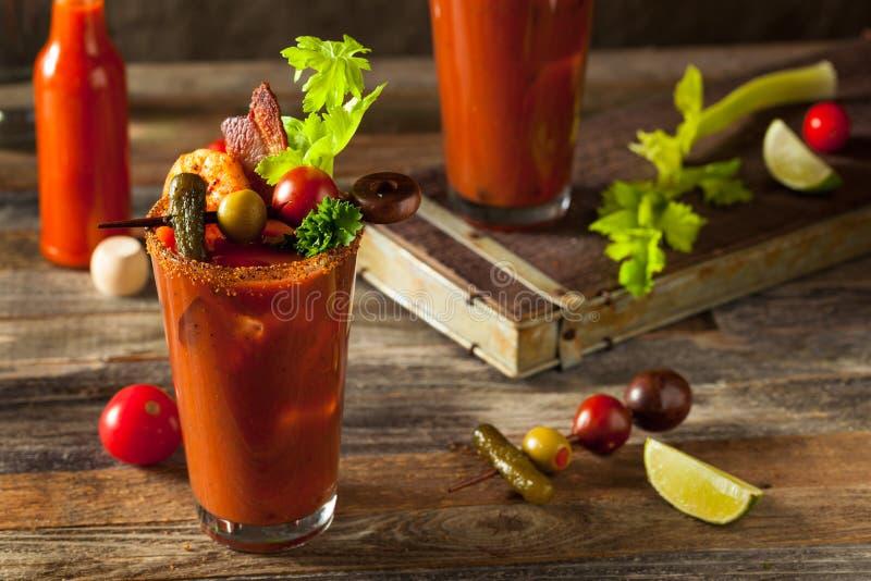 Selbst gemachter Speck-würziger Wodka Bloody Mary lizenzfreie stockfotografie
