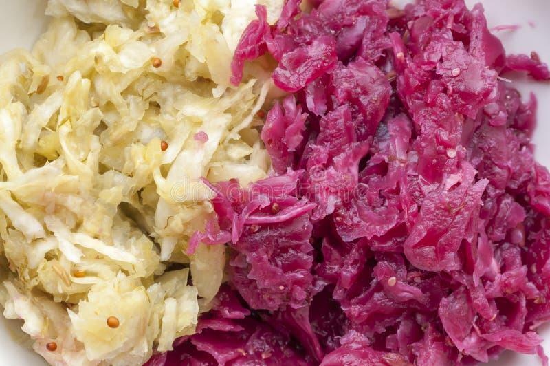 Selbst gemachtes Sauerkraut stockbilder