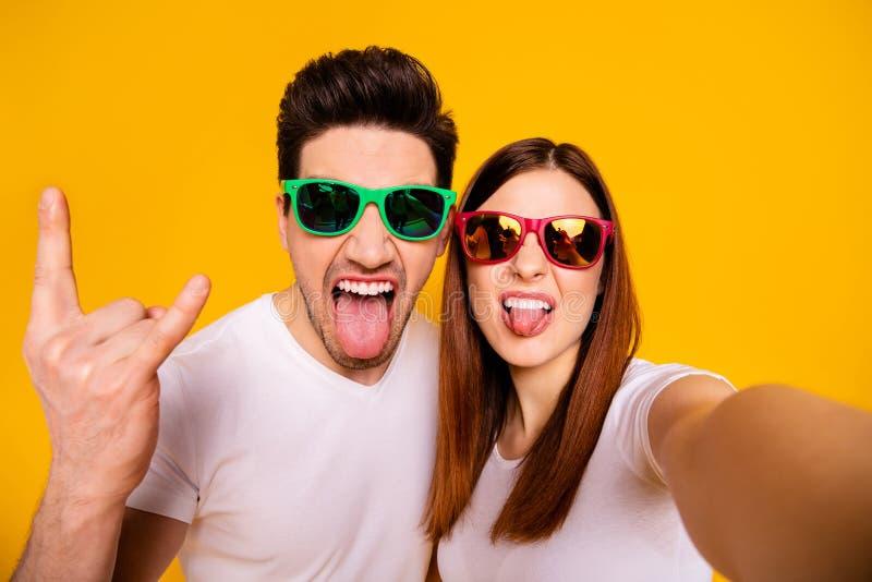 Selbstporträt von seinem er sie sie zwei nette attraktive reizende reizend stilvolle nette heitre komische spielerische Leute, di stockfotografie