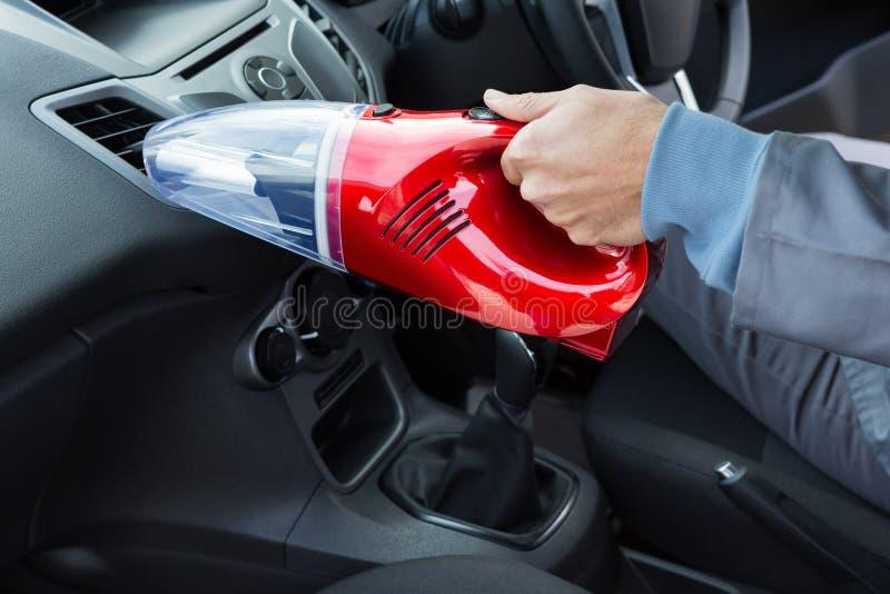 Selbstservice-Personalreinigungsauto mit tragbarem Vakuum lizenzfreies stockbild